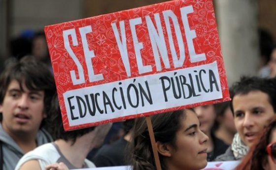La Privatización de la Educación en Chile (2013)